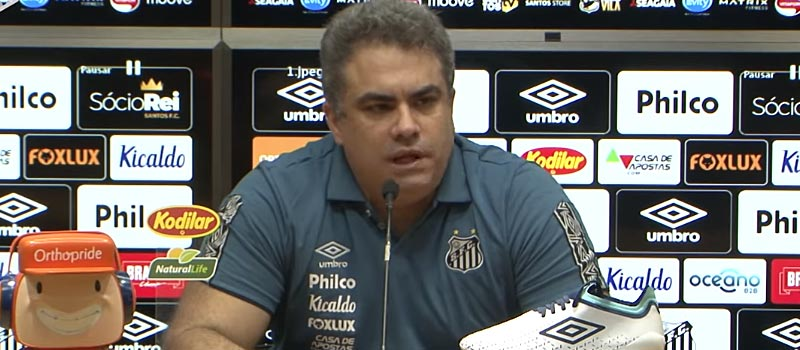 Entrevista coletiva do presidente interino do Santos FC, Orlando Rollo